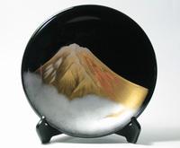 漆器の飾り皿 黒 金富士 京都 漆器の井助