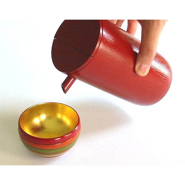 ぐい呑み 独楽文様 内金箔 木製 漆塗り 盃 おちょこ 酒器 酒杯